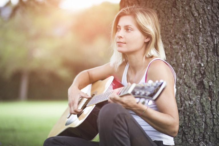 como feminizar mi voz
